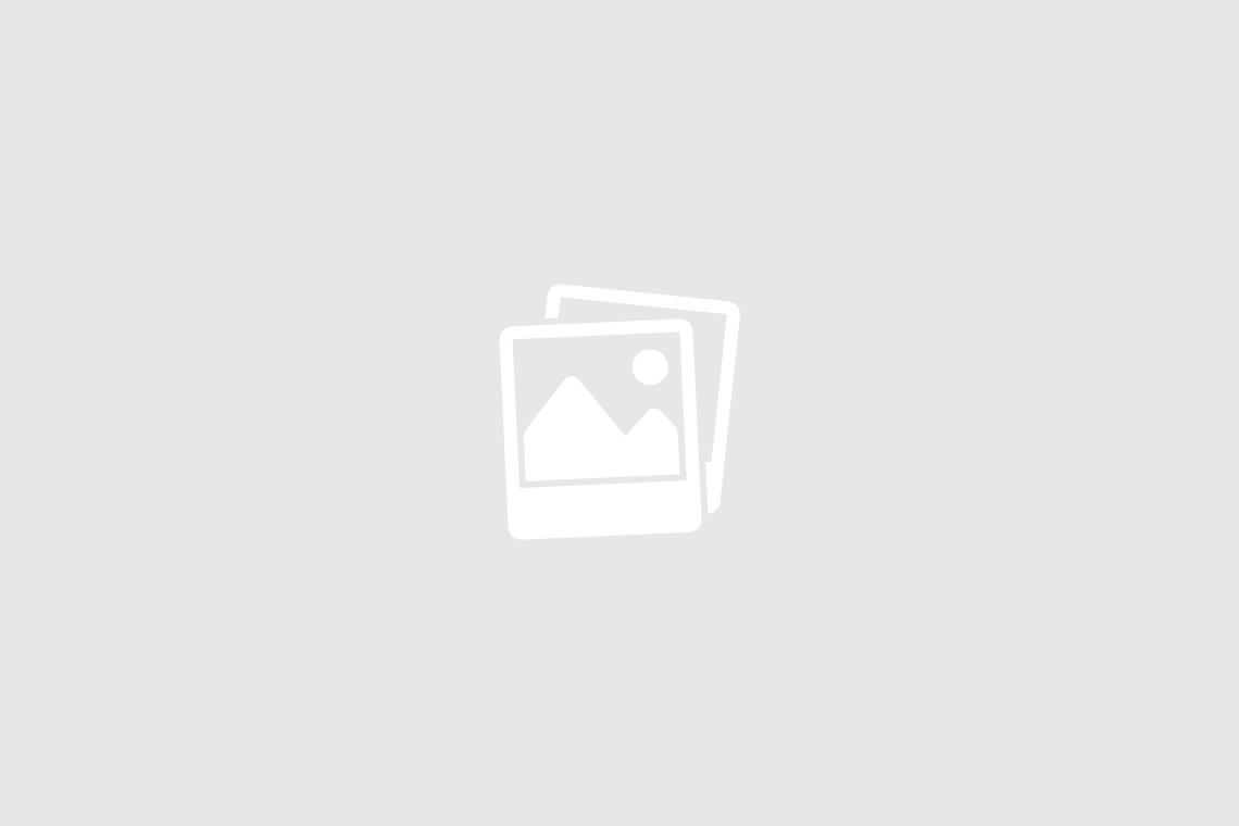 FOTOKAMERA / APPARAT - OLYMPUS auf Film . . .